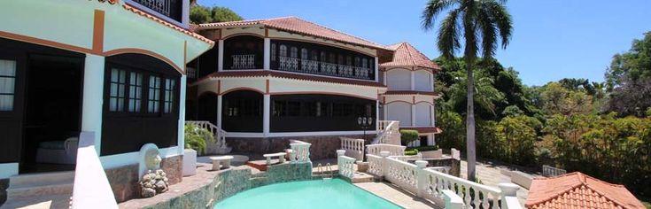 Karibik Immobilien http://www.karibik-luxus-immobilien.com/ Luxus Karibik Immobilien erfüllen den Traum vom Wohnen. Topwohnlagen - oder einzigartige Objekte - hier finden Sie den Luxus, den Sie sich verdient haben.  Ihr deutsches Immobilien Team in der Dominikanischen Republik. Karibik Luxus Immobilien mit traumhaft schönen Immobilien und einem exklusiven Service! Sie wollen eine Villa kaufen oder ein Appartement? Unsere Firma verfügt über ein großes Portfolio mit stark reduzierten…