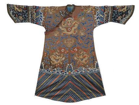 An embroidered brown  dragon robe, China, 19th ct.