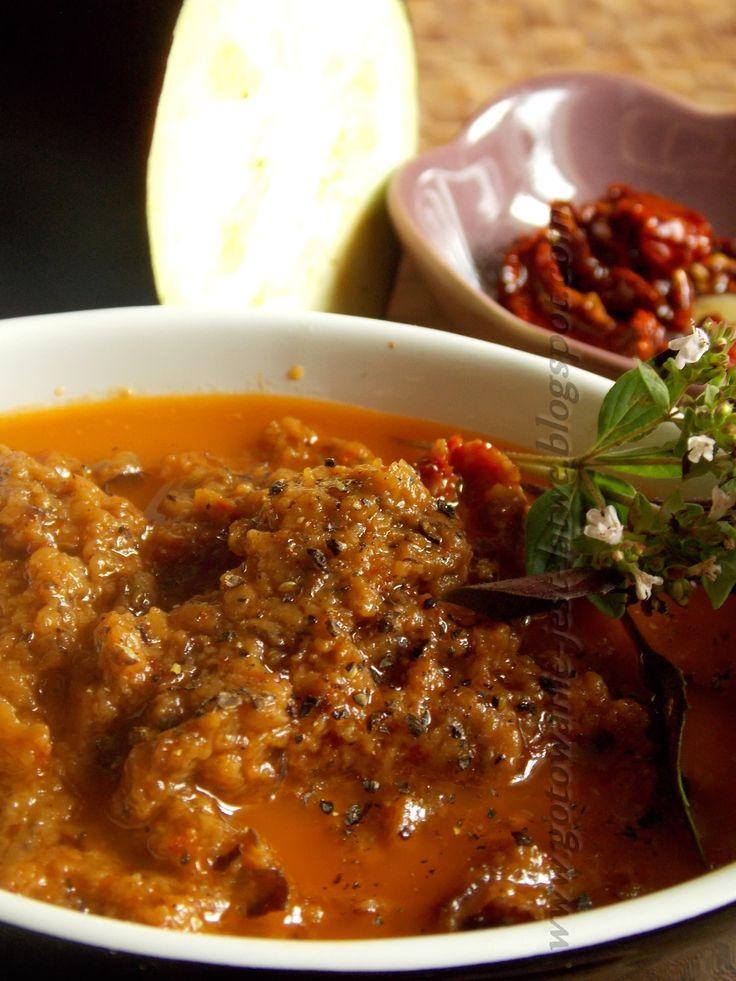 Gotowanie jest łatwe: Pesto z bakłażana i suszonych pomidorów