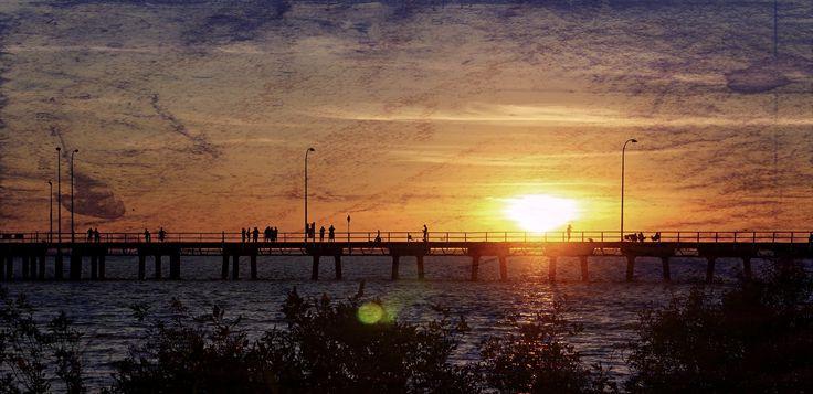 derby-wharf-sunset-gritty.jpg (4327×2100)