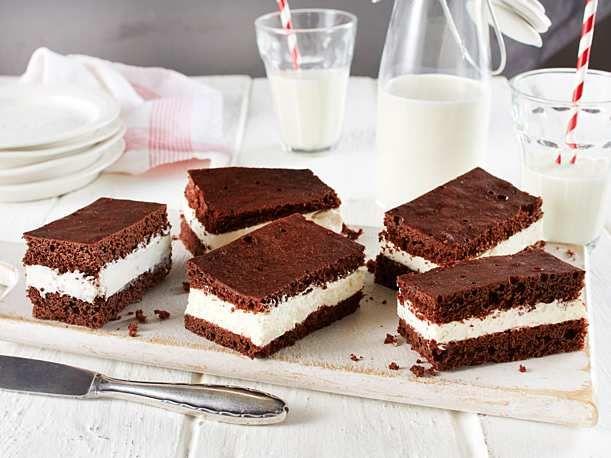 Milchschnittenkuchen Rezept Schoko Kasekuchen Kuchen Kuchen Rezepte Einfach
