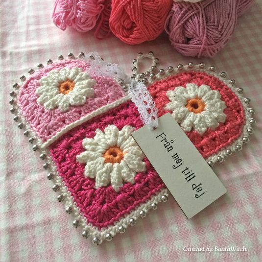 DIY – Crochet Valentine's Heart by BautaWitch by BautaWitch Feb 8th Crochet-by-BautaWitchWhen I finished my picture made by granny squa...