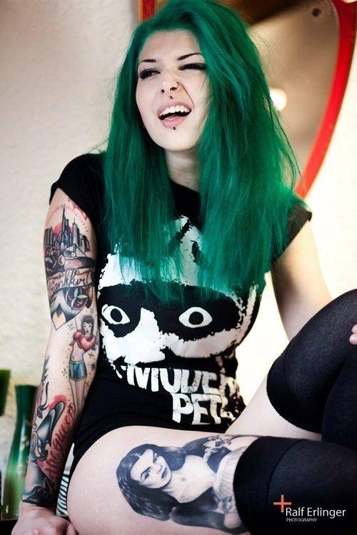 ♥ *_______* ♥ Tattoos + Punk Girl = <3