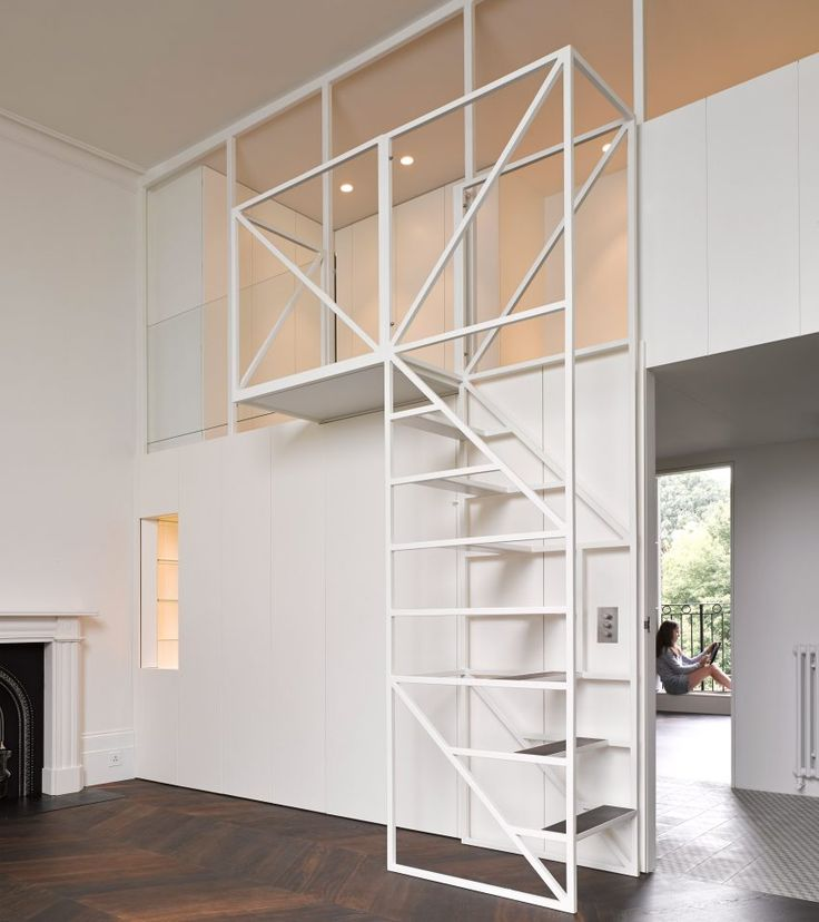 Best Wireframe Staircase Leads To Mezzanine Sleeping Nest In 640 x 480