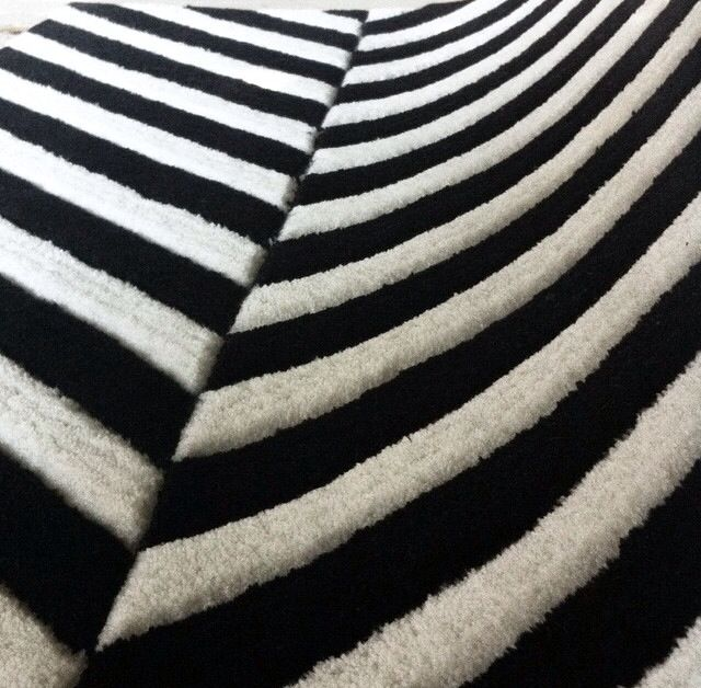 Monochrome stripes by MOHOI