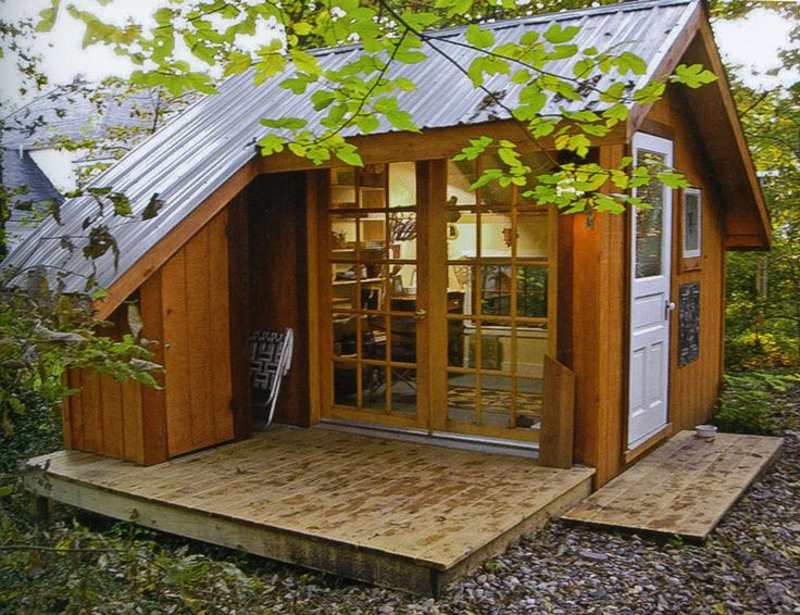 17 best images about tiny houses on pinterest house for Minimalist tiny house quebec