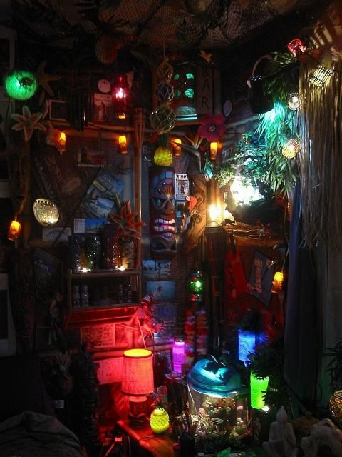 Every Tiki Bar needs proper lighting!   Paradise Cove Home Tiki Lounge -- Tiki Central