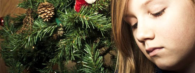 Mi #hija está molesta porque no recibió todo lo que quería de #Navidad. Para mas consejos para #padres visita: www.youparent.com/es #YOUparent