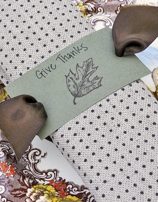Thanksgiving table setting. Cute DIY idea for napkin rings.