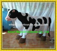 100% in kind shooting of plush 2 person cow costume easy wear walking adult 2 person cow mascot costume