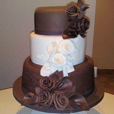 Dummy cake o torte nuziali scultura
