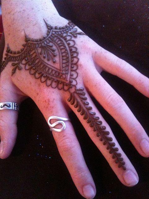 Unique henna ideas