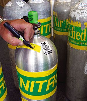 Safety, skills and more bottom time - Using Nitrox diving.