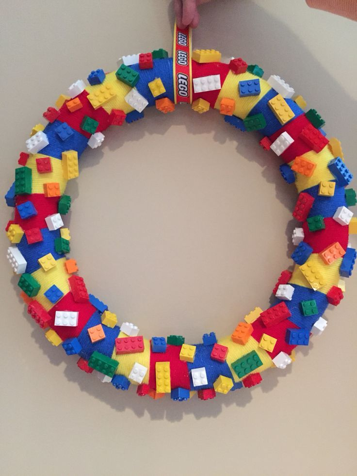 17 best images about diy wreath craft ideas on pinterest for Diy lego crafts