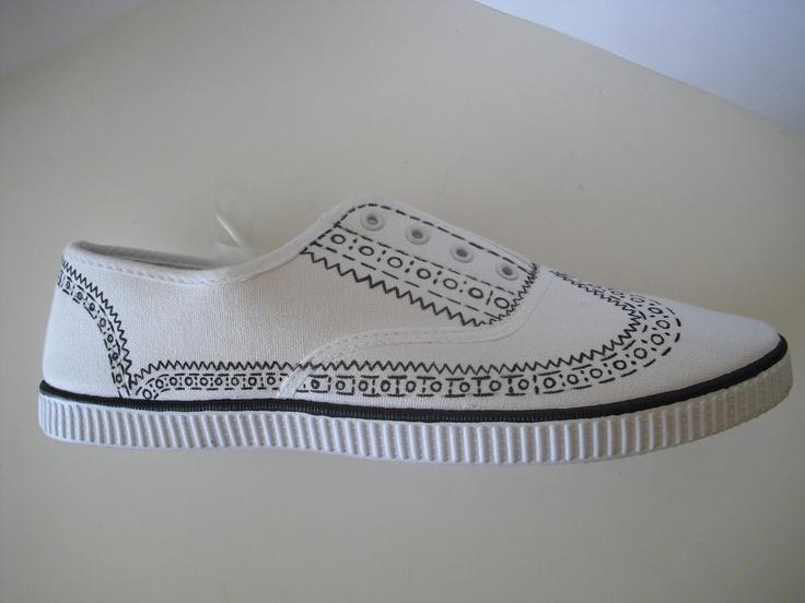 personnalisation.... customise tes baskets #Victoria Custom