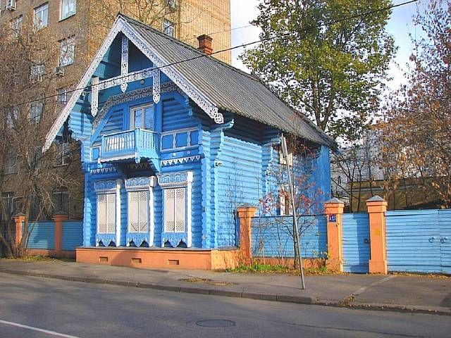 Старинные резные украшения домов