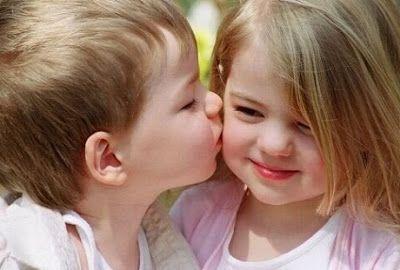 cute kiss wallpaper images