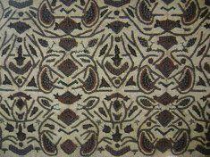 Nama motif : Semen Rante Daerah : Surakarta Jenis Batik : Batik Petani Dikenakan : Utusan Makna : Panah mengena dan diikat