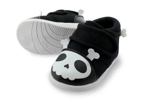 YochiYochi Captain Zuga Skull Squeaky Shoes, Size 4 YochiYochi,http://www.amazon.com/dp/B00ADS9FS2/ref=cm_sw_r_pi_dp_cJh9sb12Y6KRPYYA
