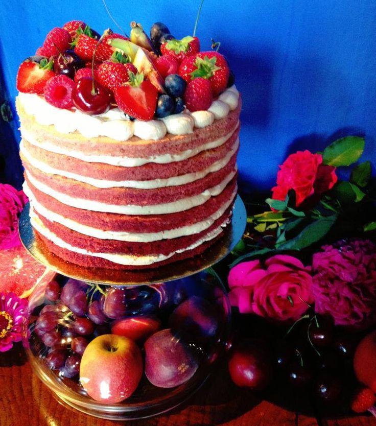Ombré Cake - www.divaboutiquebakery.com