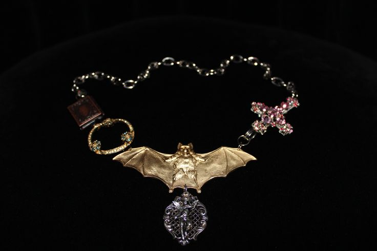 Necklace (Nocturnal religion)