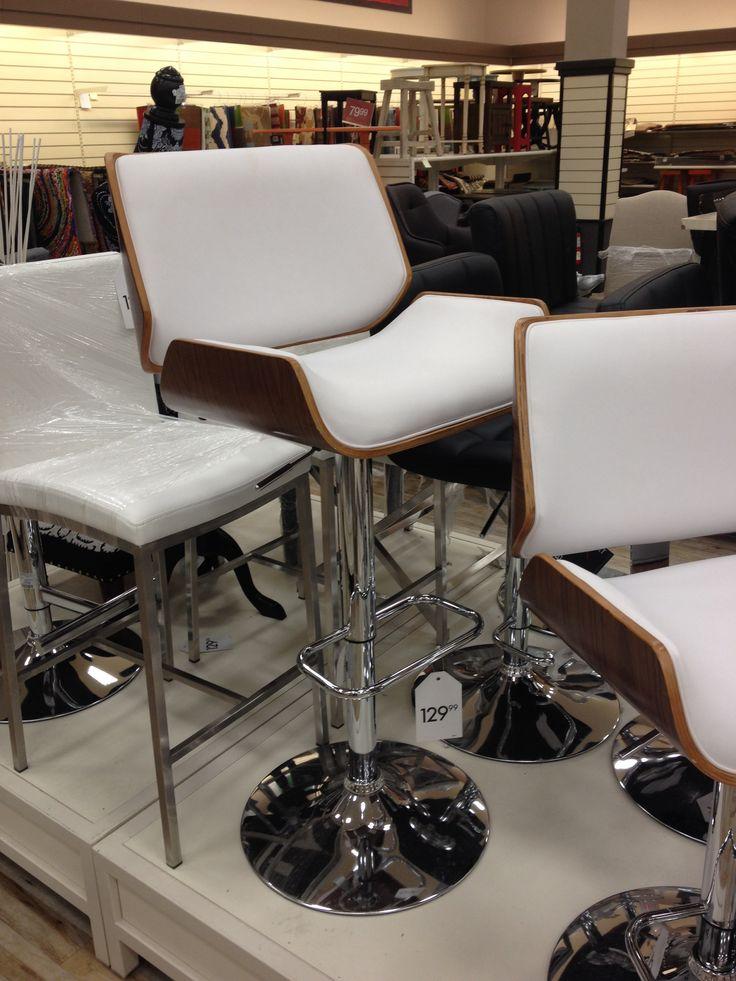 Just found this pair of bar stools at HomeSense. WANT  ...