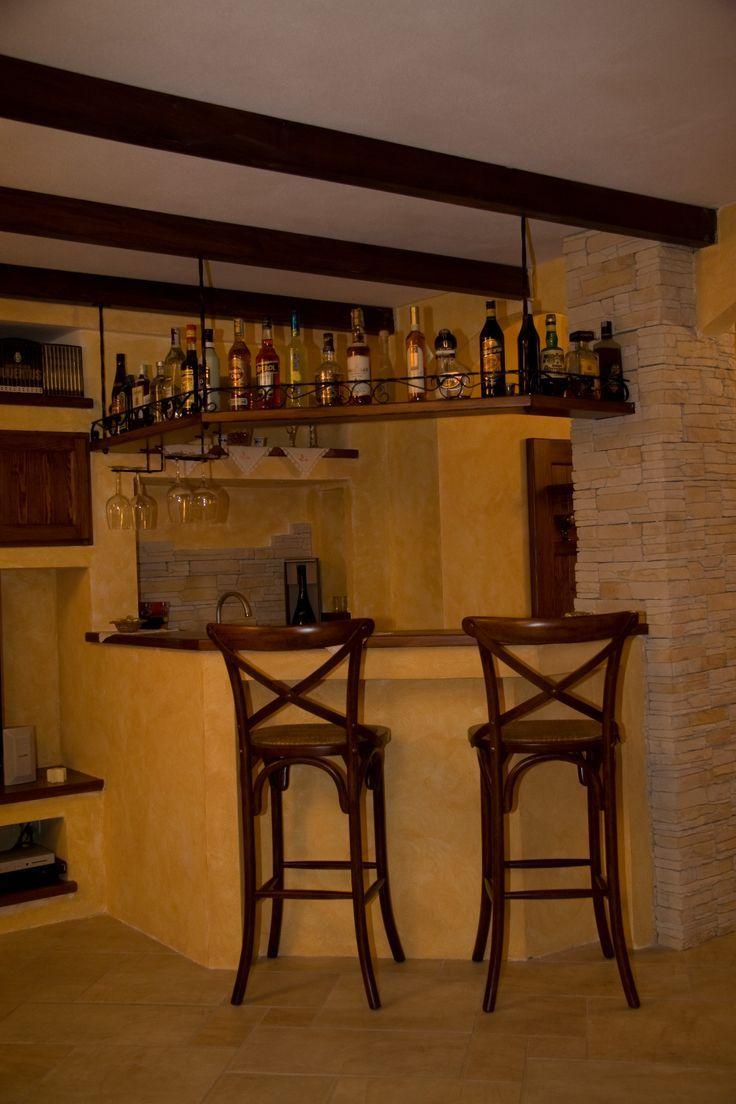 Angolo Bar Arredamento angolo bar in muratura e legno mensola portabottiglie in