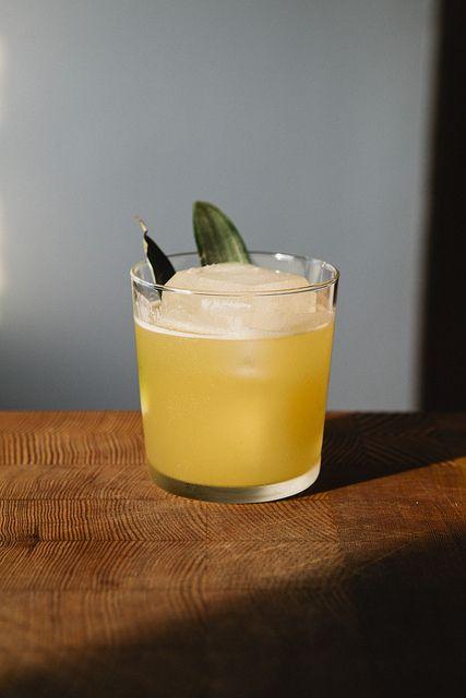 Pineapple Ginger Cocktail | Nicole Franzen