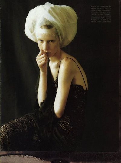 'Infanta style' Italian 'Vogue' /09.1997/ Paolo Roversi #renaissance revival