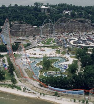 Worlds of Fun and Oceans of Fun are side by side amusement parks in Kansas City, Missouri that offer multiple days of rides, shows, attractions and lots of water fun!
