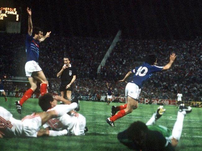 Michel Platini (1/2 finale Euro 1984 France-Portugal)