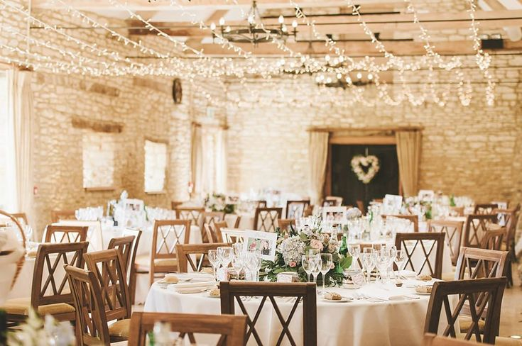 Summer Wedding at Caswell House by Georgi Mabee Photography