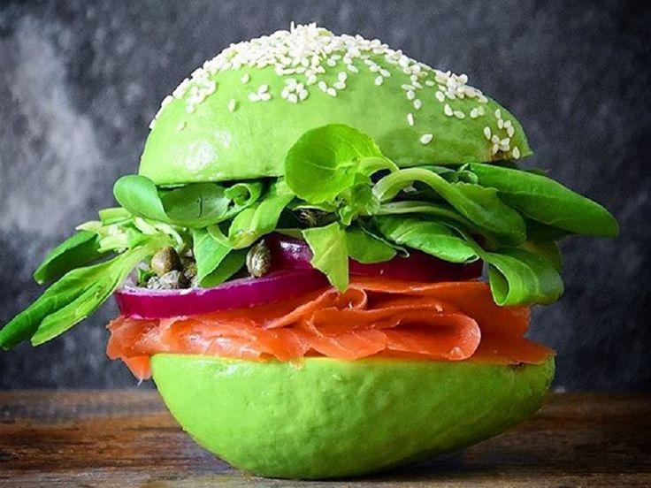 Somonlu Avokado Sandviç Tarifi | Mutfak İnsanları