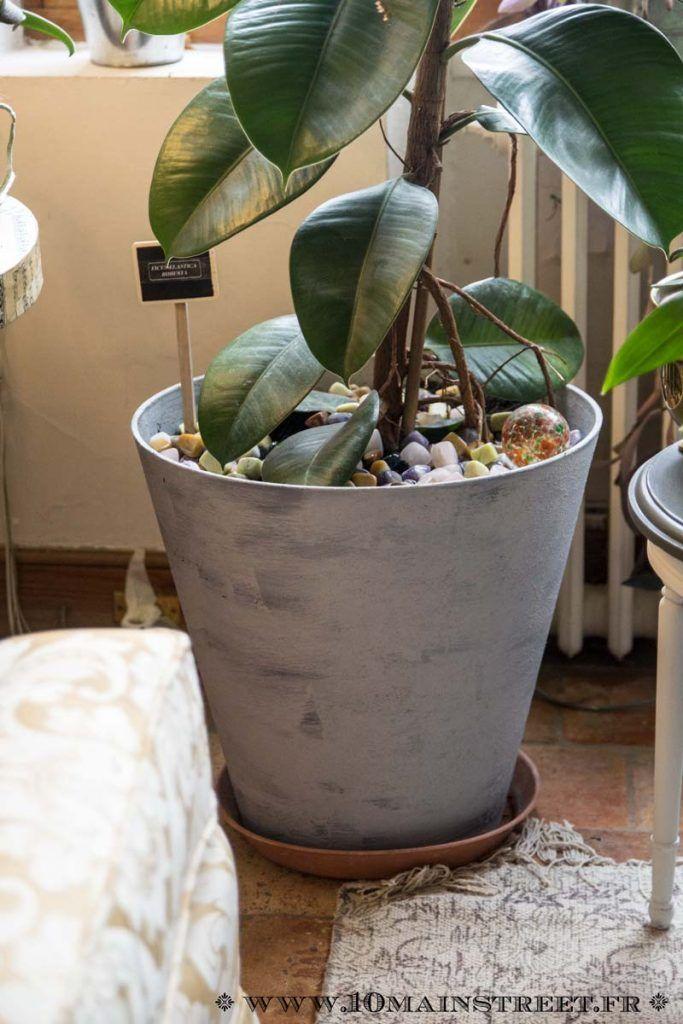 Customiser Un Pot De Fleurs En Plastique Avec L Effet Ciment Action