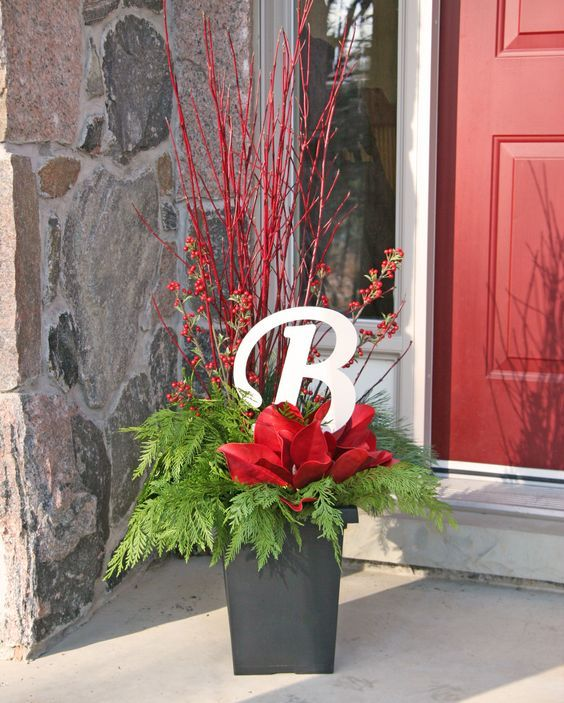 17 Best Ideas About Christmas Planters On Pinterest