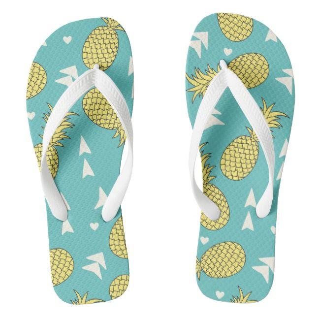 Tropic Sun Girls Pink Pineapple /& Rainbow Heart Summer Flip Flops Sandals