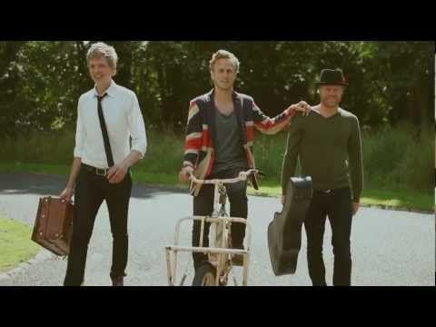 Folkeklubben - For Pengene (Officiel Video) - YouTube