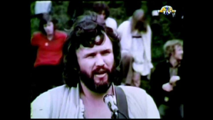 Kris Kristofferson - Loving her was easier than anything i'll ever do again. Nothing like listening to the song writer.