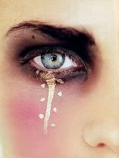 love the gold line down the eye! Makeup Idea #WedPin, #AAWEP  #WarriorPrincess                                                                                                                                                                                 More