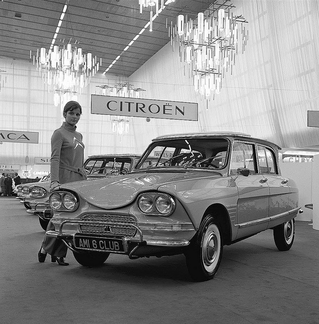 Citroën Ami 6 Club Moi c'était l'Ami 8 bleu ciel que j'avais !