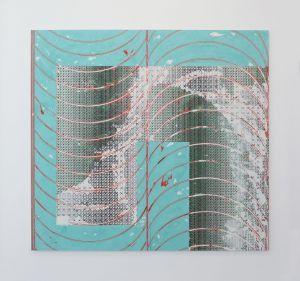 Le travail de Nicolas Roggy peut être décrit comme une abstraction ambigüe : il est fait de formes géométriques répétées, de grands aplats de couleurs, mais à y regarder de plus près, il est également traversé d'éléments qui rappellent...