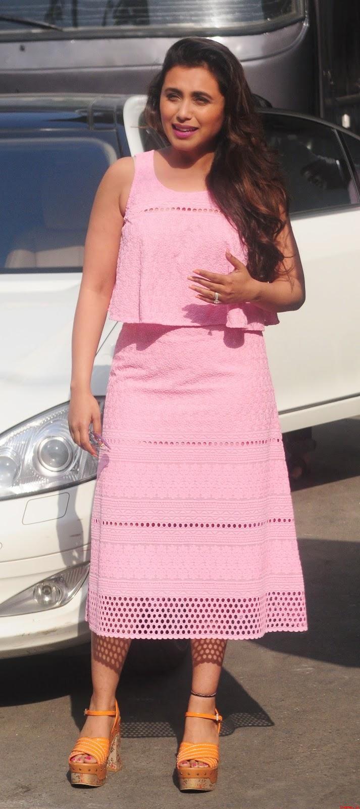 Rani Mukherjee Snapped at Famous Studio