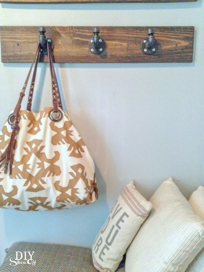 DIY pipe coat hooks @diyshowoff
