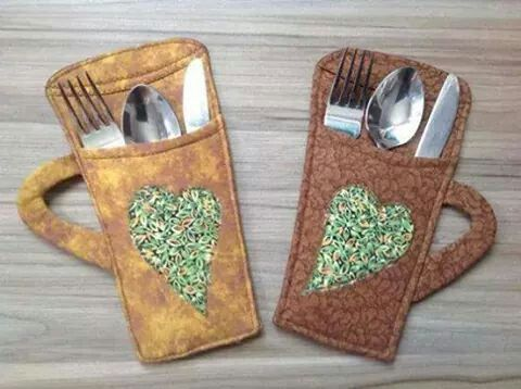 Porta talher - DIY IDEA - Just the picture is available, no tut or website. Cute craft for sewing for table silverware or to make from paper for picnic and party plastic utensils.