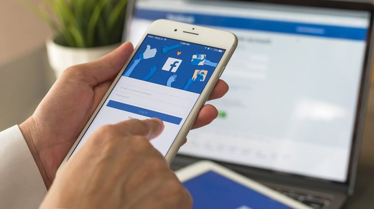 Applicants Can Now Apply to Jobs on Facebook Right from the Site / smallbiztrends.com