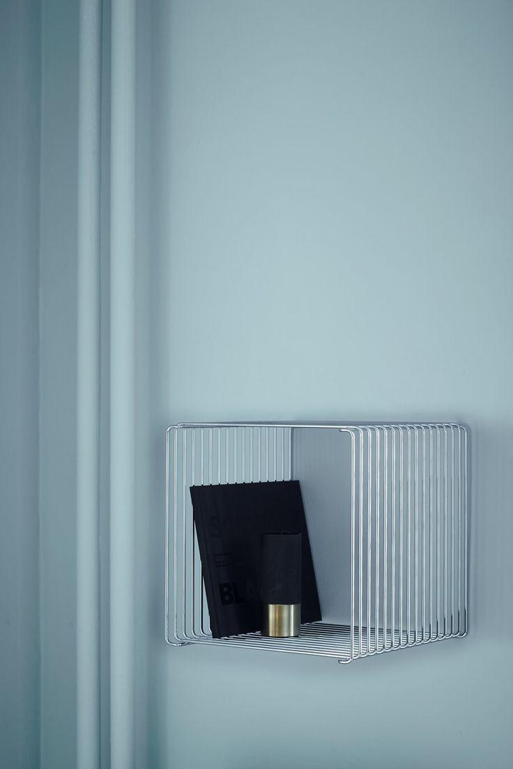 Panton Wire - mounted on the wall.   #montanafurniture #vernerpanton #pantonwire #unit #chrome #shelvingsystem #livingroom