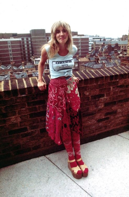 Stevie Nicks. OMG! I had these same shoes.