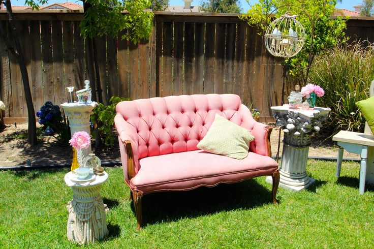 pink sofa, vintage, mason jars, secret garden, lauren sharon vintage