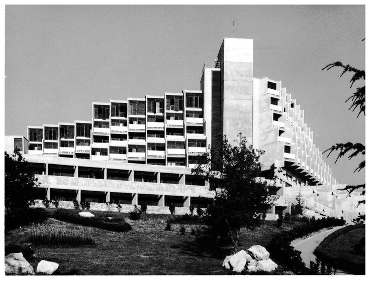 Hotel Rubin in Poreč, architect Juilje De Luca, 1970. : brutalism