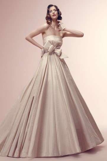Abiti da sposa colorati 2014: proposte dei grandi marchi - Vestito da sposa rosa Alessandra Rinaudo